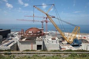 France's EdF: Living with its ZOMBIE REACTORS!